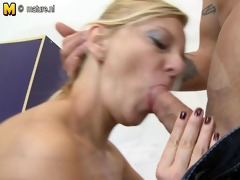 aged bitch mom having great sex with her toy boy