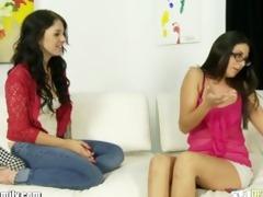 nikki daniels mommy teaches her to suck pecker