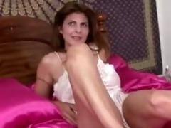 mother i closeup slit masturbation
