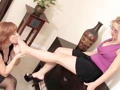 ideal toe sucking