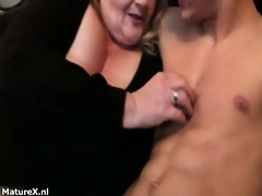dirty bulky old woman goes crazy part4