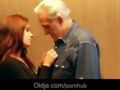 grand-dad gets raunchy thanks from hussy redhead