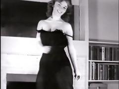 little sister - vintage striptease dance
