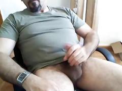 dad shooting large load on beard