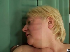 she is catches her man and mom fucking