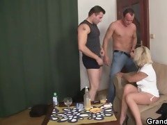 hot 3some fucking with old doxy