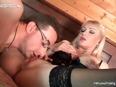 anal fisting this big tits mother i