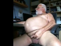large abdomen grandpapa jerks off for the camera