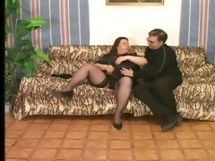 mature fattie knows how to please her man