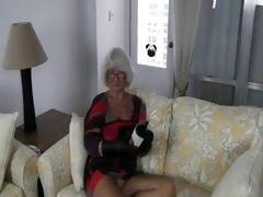 granny cook jerking #2 (pizza boy getting the